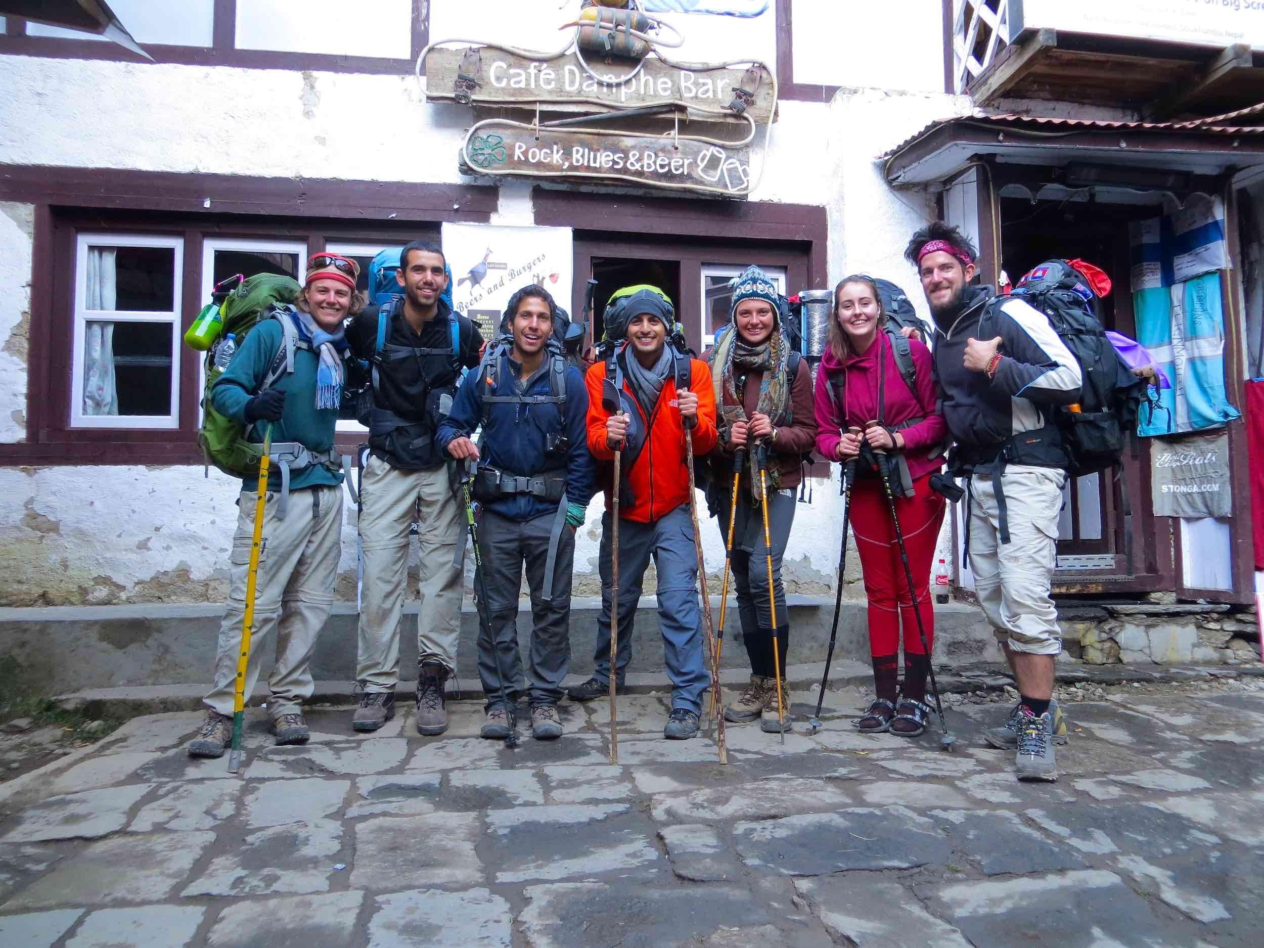 trekking-group-himalayas
