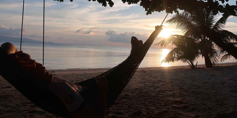 hammock-sunset-kohphangan_cv