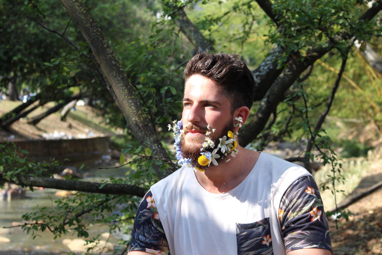 Flower beard in Cali Colombia