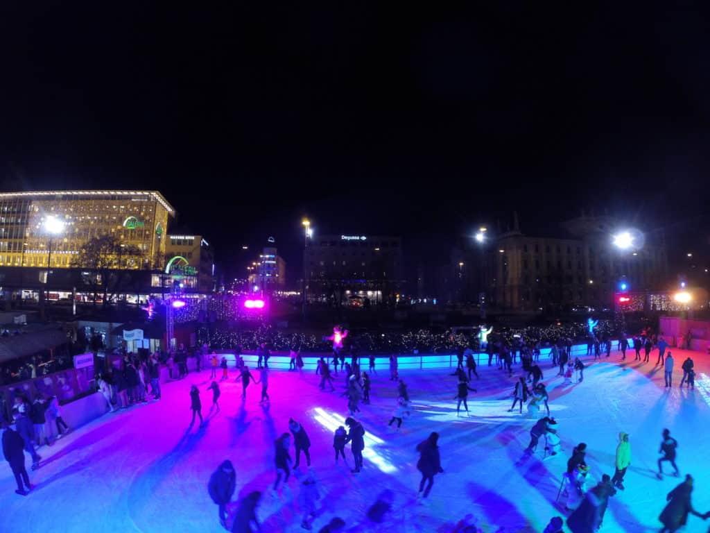 Ice skating Karlsplatz in Munich
