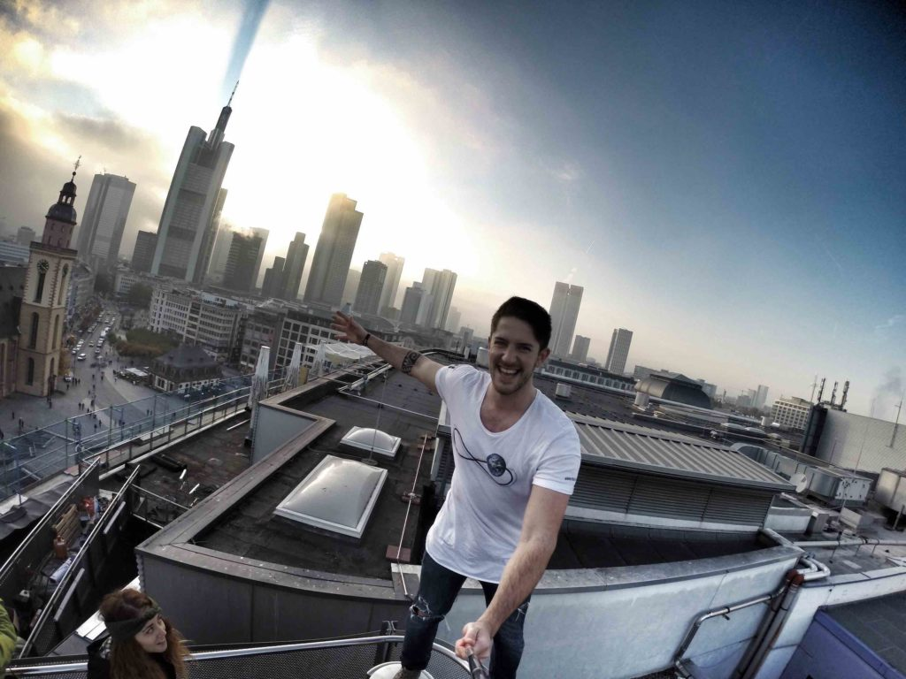 TW on My Zeil with the Frankfurt Skyline in the background