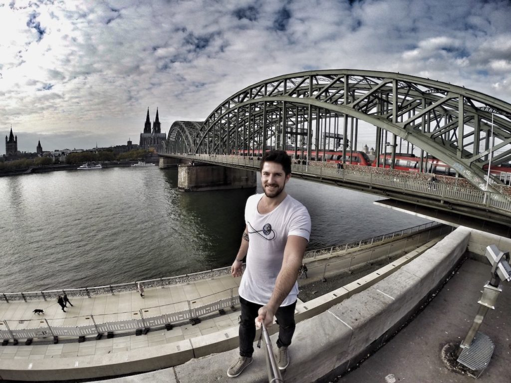 Wandering on Hohenzollernbrücke in Cologne