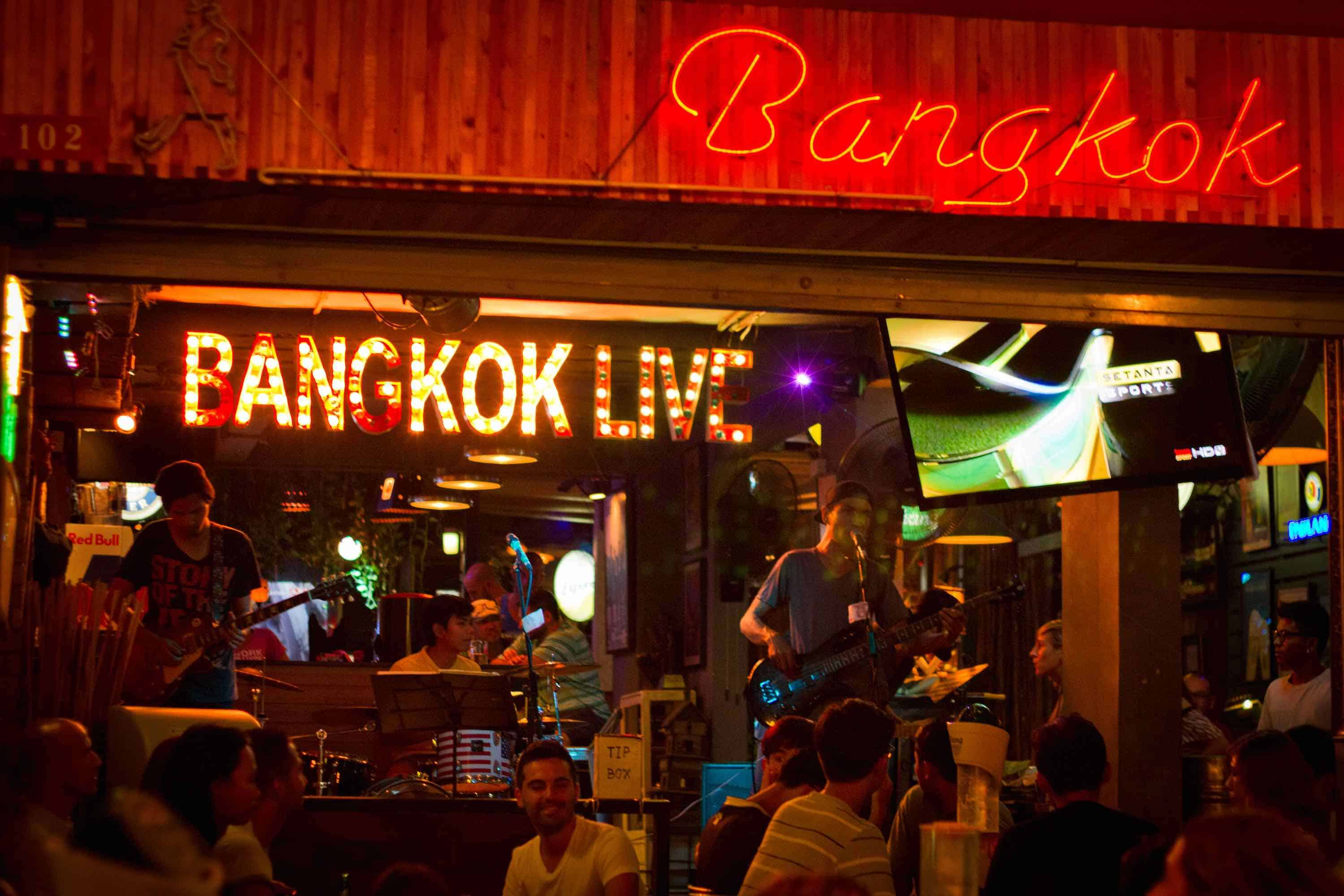 nightlife-bangkok-party