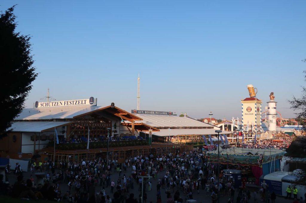 ULTIMATE TIPS FOR OKTOBERFEST BEER FESTIVAL IN MUNICH 4